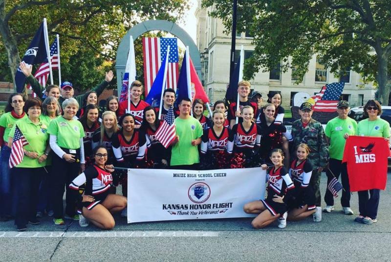 Maize High School Cheer Supports the Kansas Honor Flight