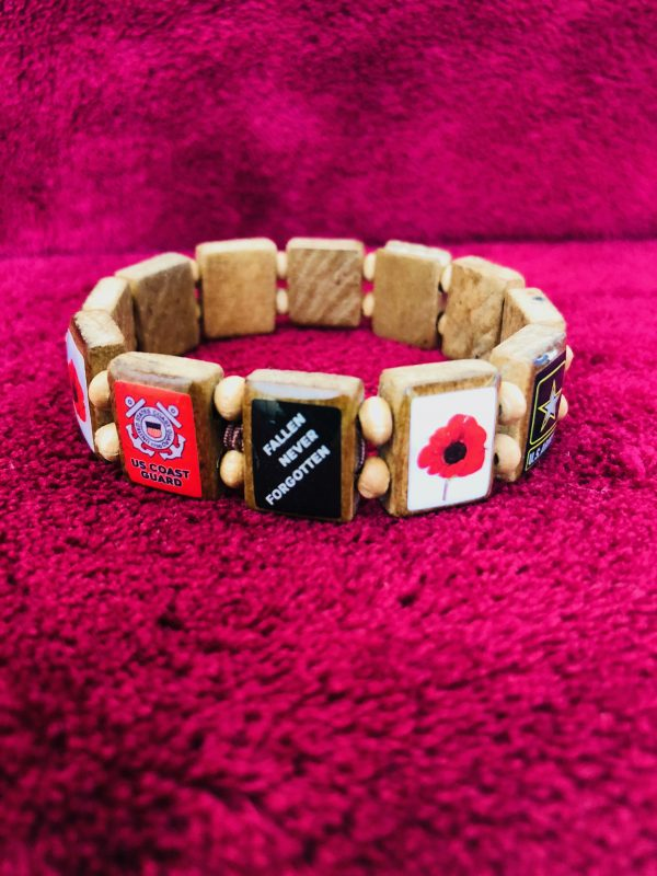 KHF Patriotic Wristband Poppies 2